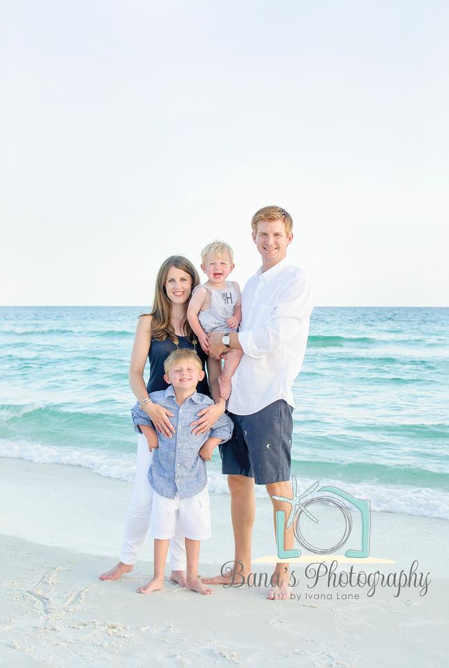 beach_family_photo