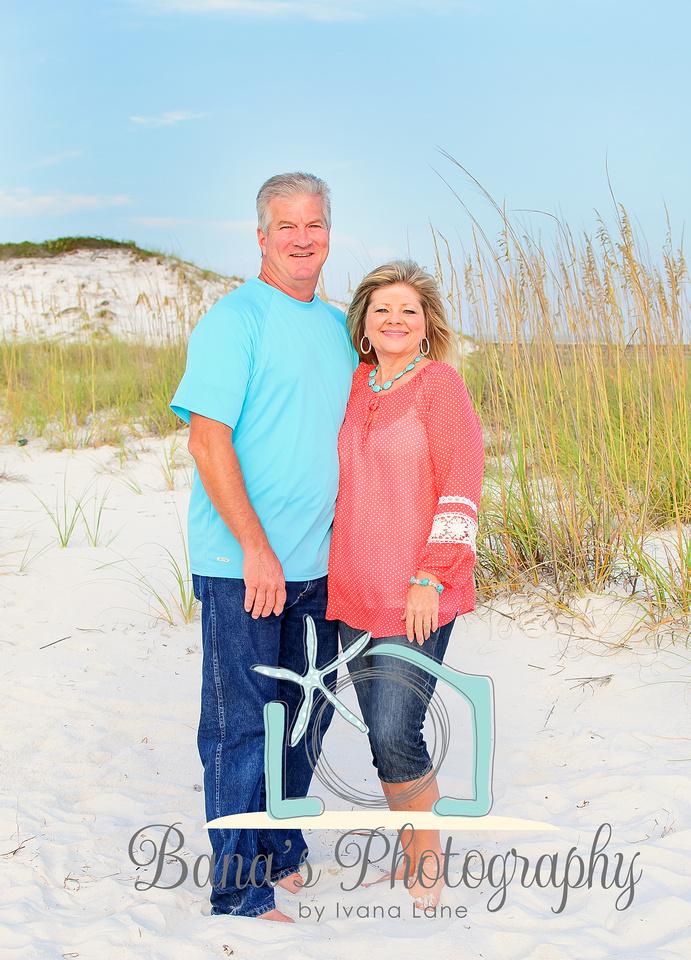 beach_couple