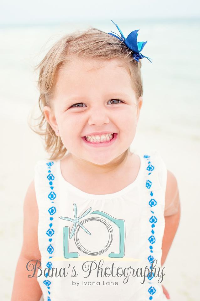 cutie_on_the_beach