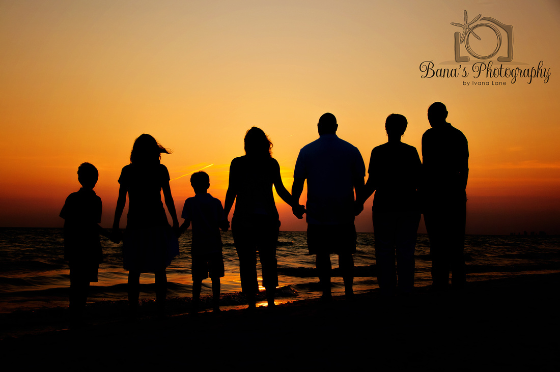 family_sunset_photo